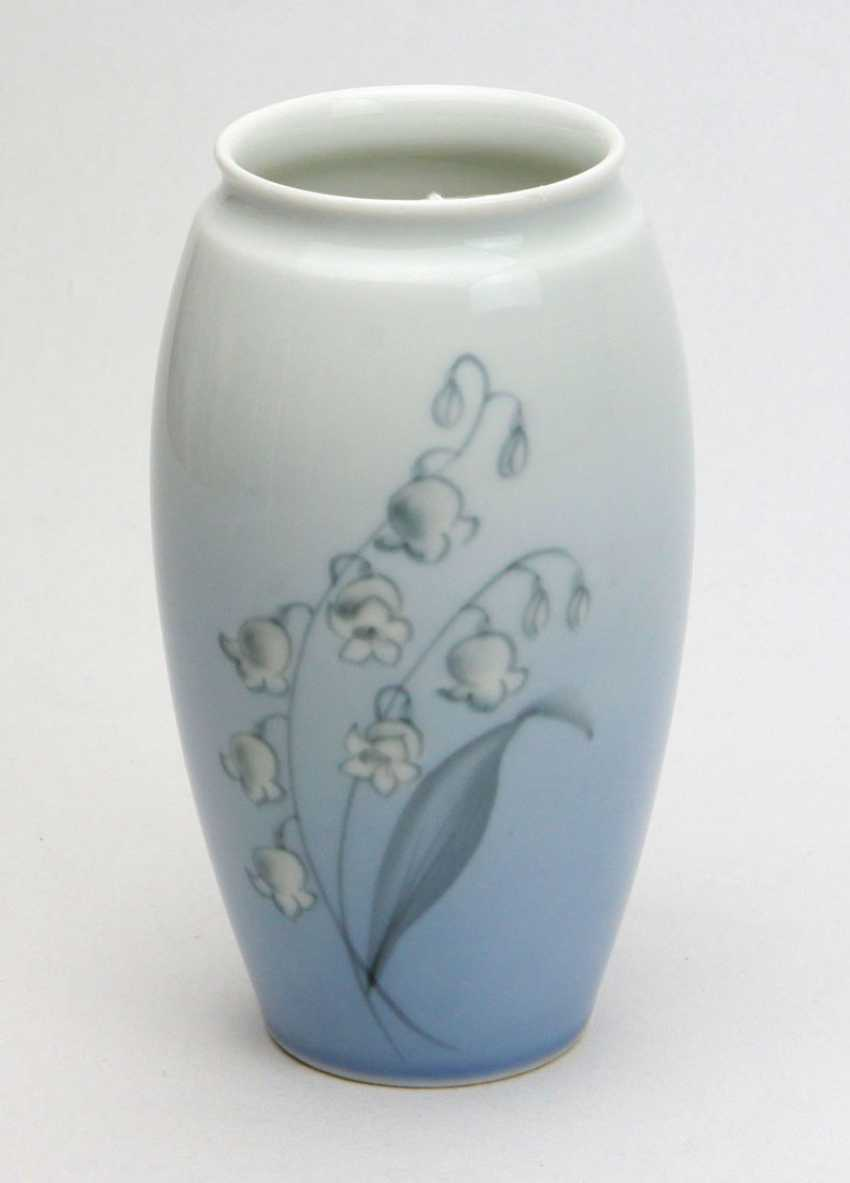 Lily Of The Valley Vase - photo 1