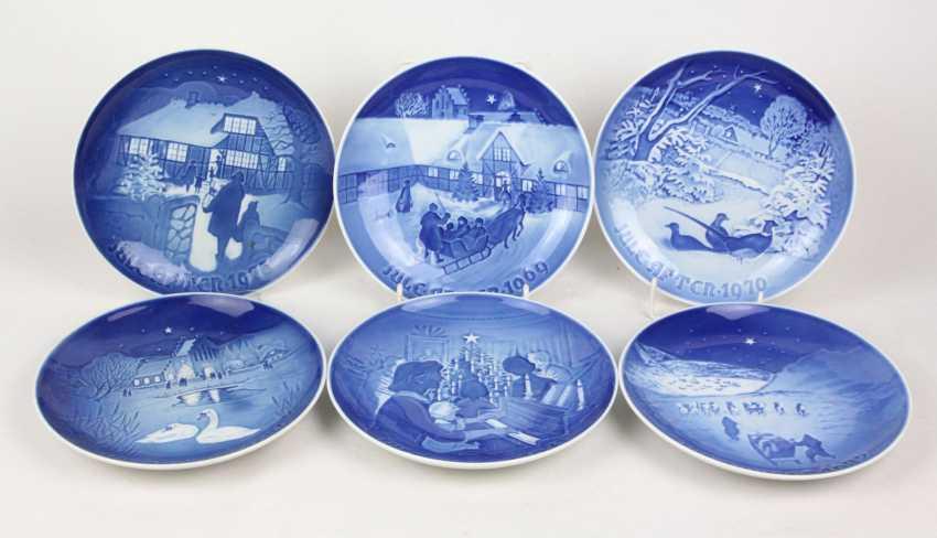 Set of Christmas plates 1969 to 1974 - photo 1