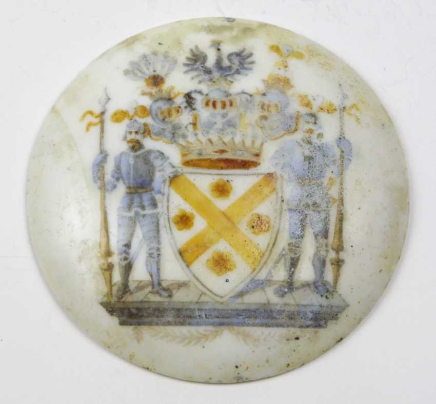 Medallion with coat of arms of Graf Kanitz - photo 1