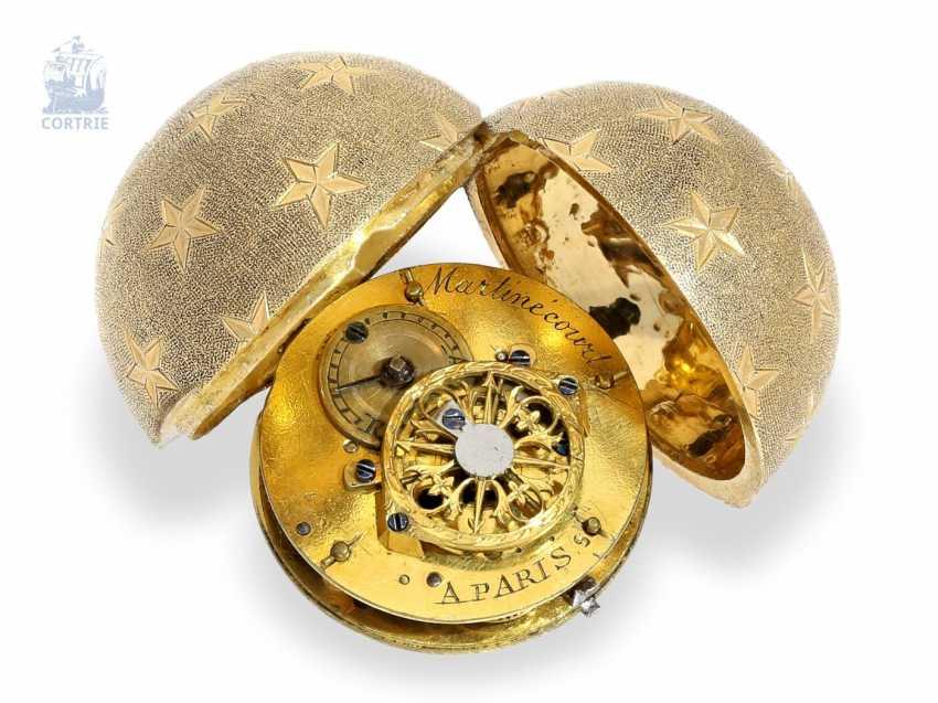 Pocket watch/Anhängeuhr: extremely rare Spindeluhr in ball form, signed Martin court a Paris, C. 1810 - photo 1