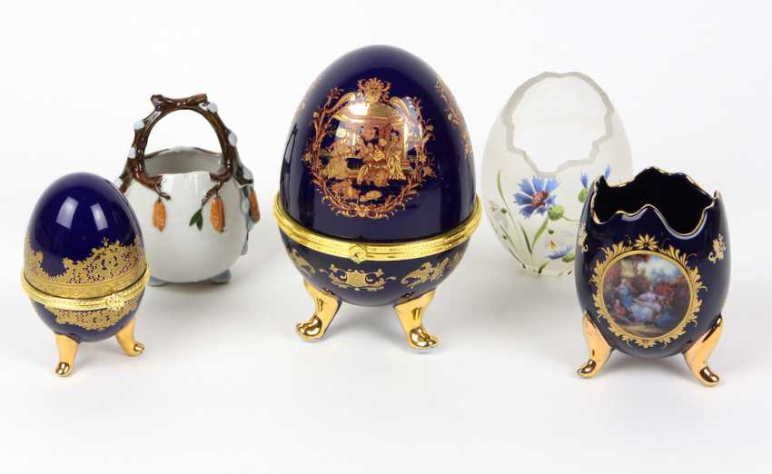 2 cans and 3 vases in egg shape - photo 1