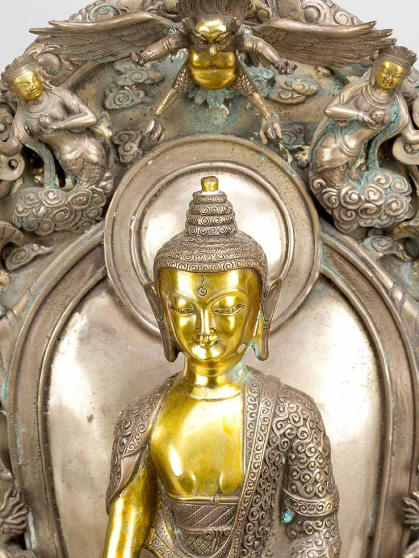 Shakyamuni with altar shrine - photo 2