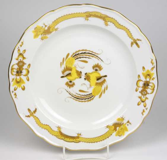 Meissen Plate *Yellow Rich Dragon* - photo 1