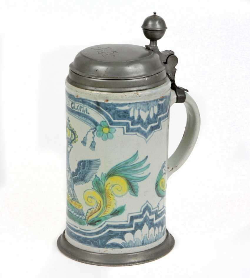 The Prussian rolls a pitcher in 1752 - photo 2