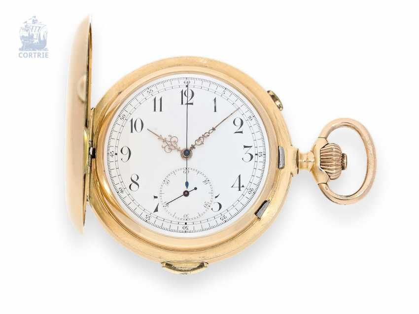 Pocket watch: an exceptionally large and heavy Gold Savonnette with Repetition and Chronograph, Nestor Delevaux, La Chaux-de-Fonds, 1900 - photo 1