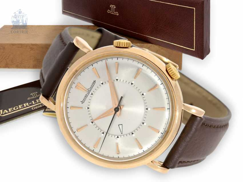 Watch: vintage rare Jaeger Le Coultre Memovox in the extremely rare pink gold version, like new condition, with Box and papers, 50s - photo 1