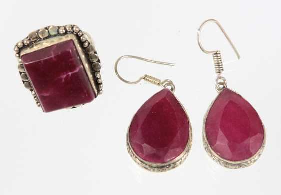 Natural ruby Ring & earrings - photo 1