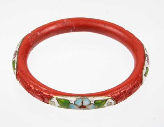 Lacquer red bangle bracelet with enamel - photo 1