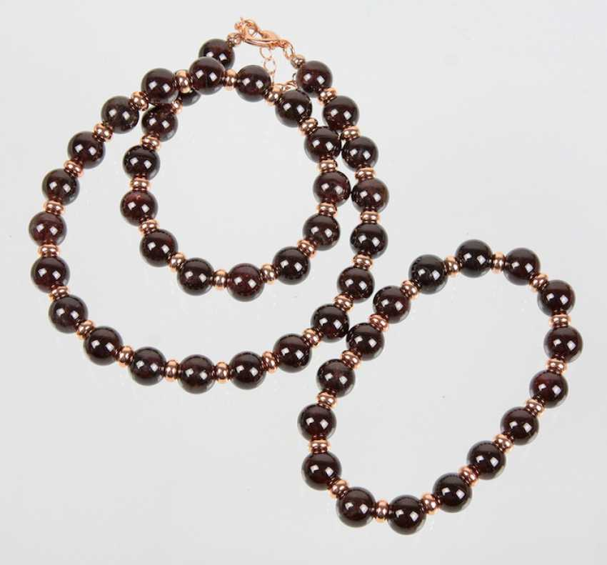 Necklace and bracelet with garnet - photo 1