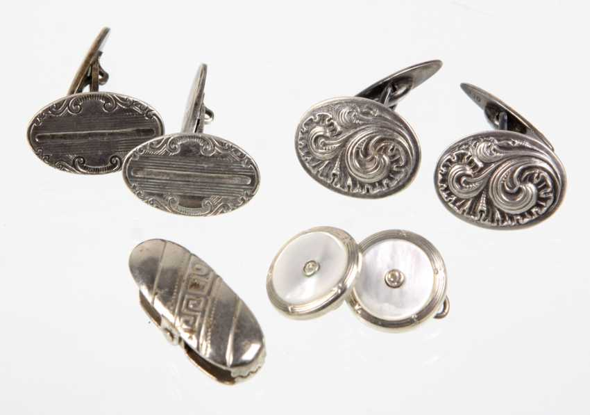 2 Pairs of cufflinks and other - photo 1