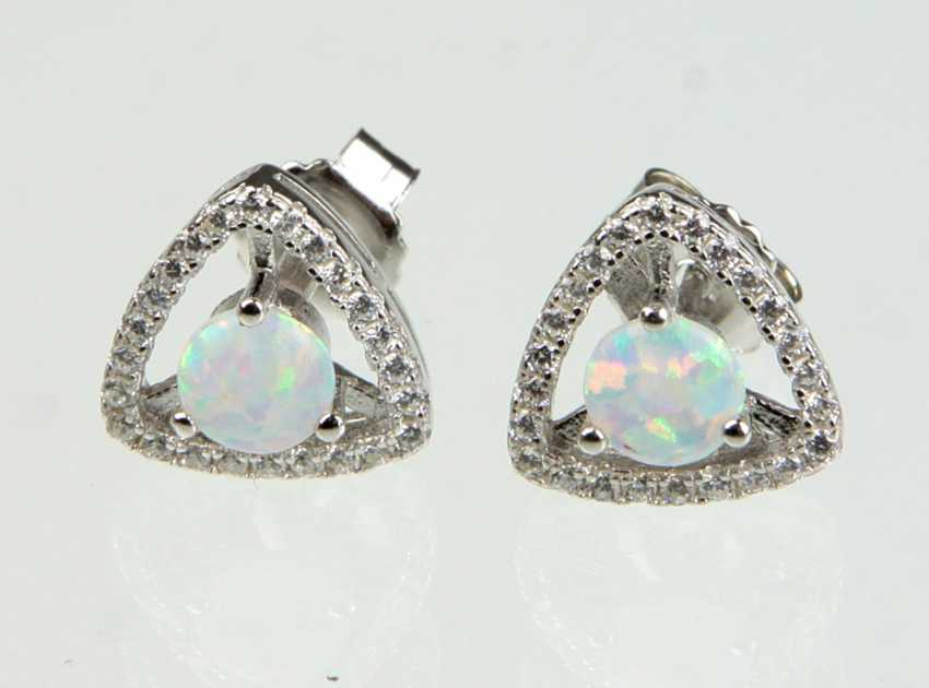 Opal stud earrings with cubic Zirconia - photo 1