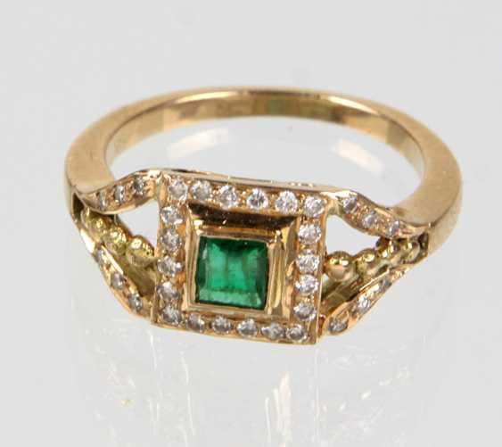 Smaragd Ring mit Brillanten - Gelbgold 585 - photo 1