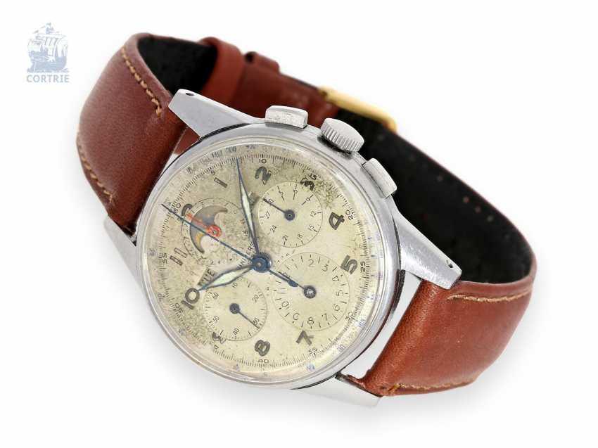 Watch: earlier astronomical steel Chronograph watch, Universal Geneve Tri-Compax full calendar, Ref. 22258, CA. 1945-1950 - photo 1