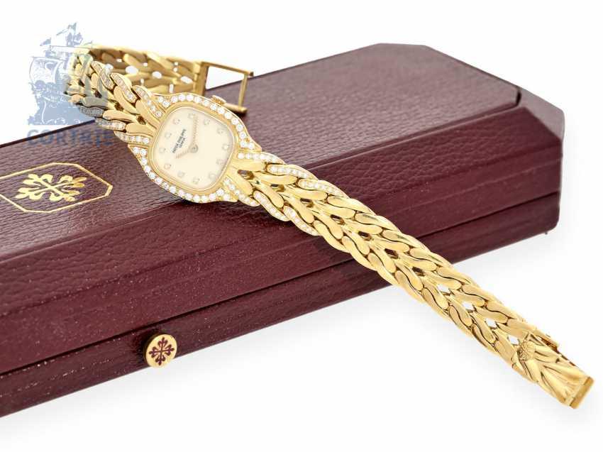 "Watch: luxury Patek Philippe ladies ' watch ""LA FLAMME DIAMOND"" Ref.4715/3, 80s, in mint condition - photo 1"