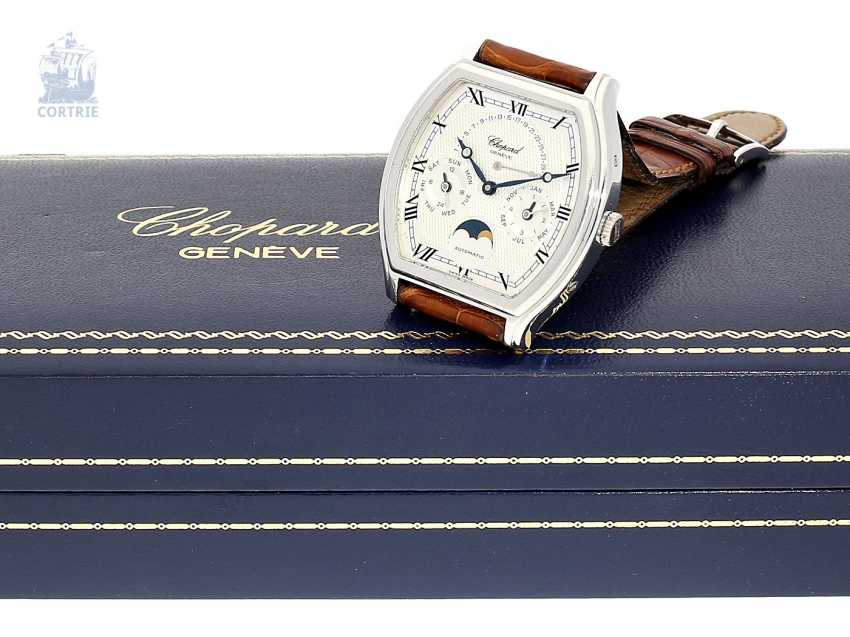 """Watch: extremely rare and extremely luxurious men's watch, limited to 100 pieces, """"CHOPARD GENEVE TONNEAU PLATINUM PERPETUAL CALENDAR"""", NO. 25/100, REF. 92249, 90s - photo 1"""