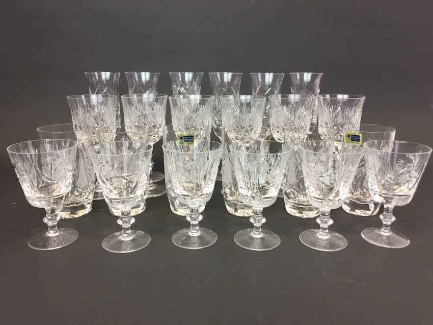 Lot 3016 Great Post Kristal Length Wine Glasses Champagne Glasses