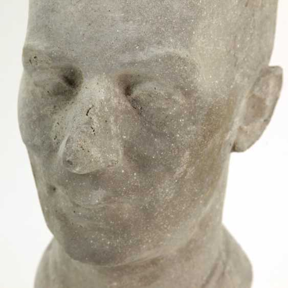 Harald Stephan: Frédéric Joliot-Curie, Portrait-Büste, Unikat - photo 3