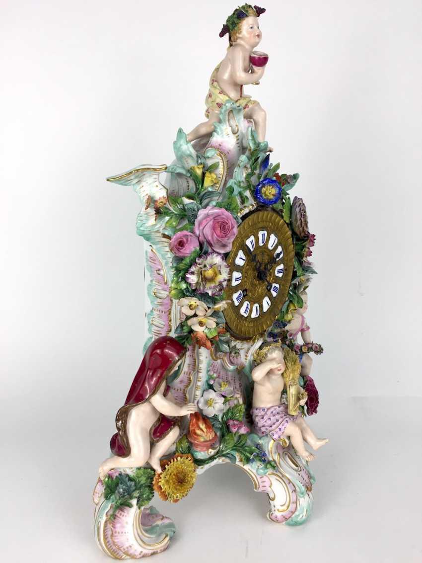 Beautiful pendulum clock / mantel clock / Portaluhr / Aufsatzuhr: Meissen porcelain 'Four seasons', around 1860, 1. Choice - photo 2