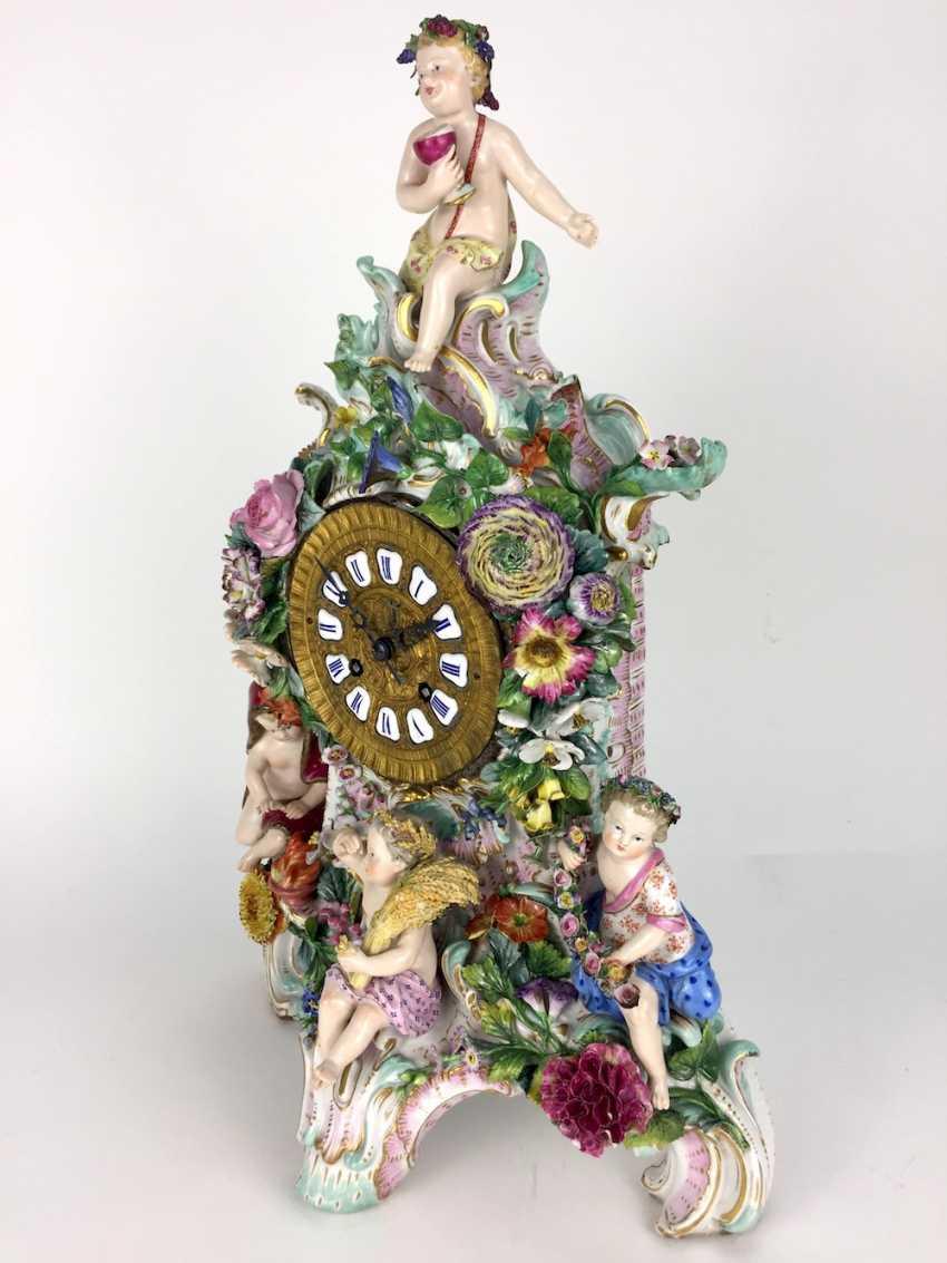 Beautiful pendulum clock / mantel clock / Portaluhr / Aufsatzuhr: Meissen porcelain 'Four seasons', around 1860, 1. Choice - photo 4