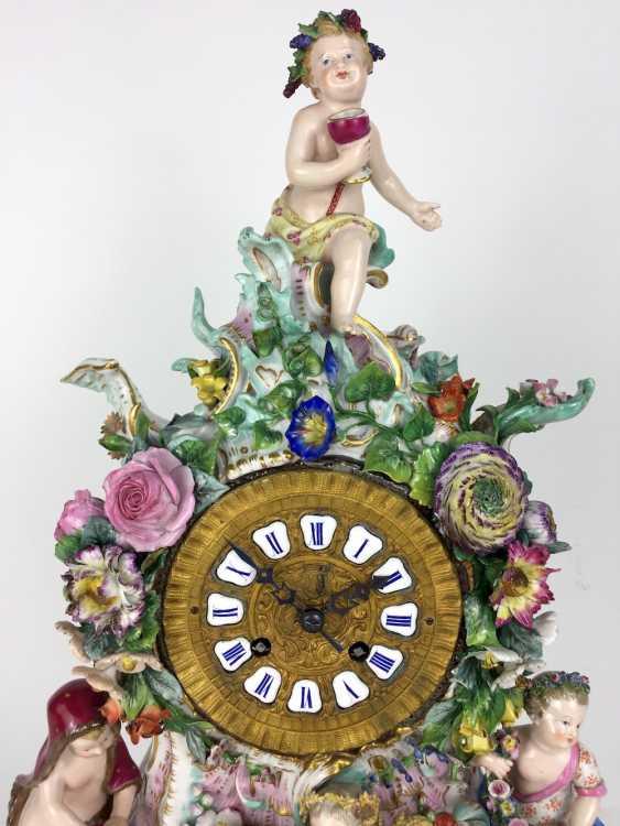 Beautiful pendulum clock / mantel clock / Portaluhr / Aufsatzuhr: Meissen porcelain 'Four seasons', around 1860, 1. Choice - photo 5