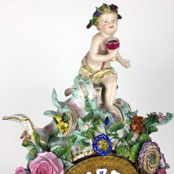 Beautiful pendulum clock / mantel clock / Portaluhr / Aufsatzuhr: Meissen porcelain 'Four seasons', around 1860, 1. Choice - photo 10