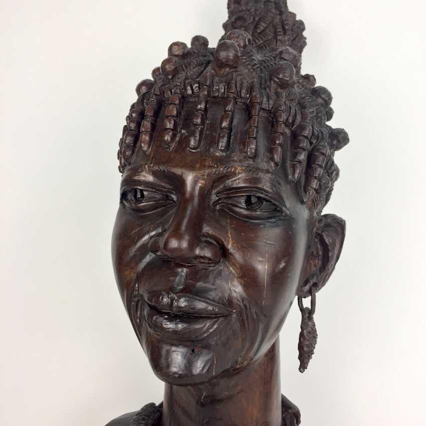 African Sculpture: Lot 7502. African Yellow-wood-sculpture: The Xhosa-woman