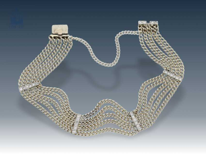 Bracelet: antique, petite-made 5-row platinum bracelet with diamonds, probably around 1934 - photo 1