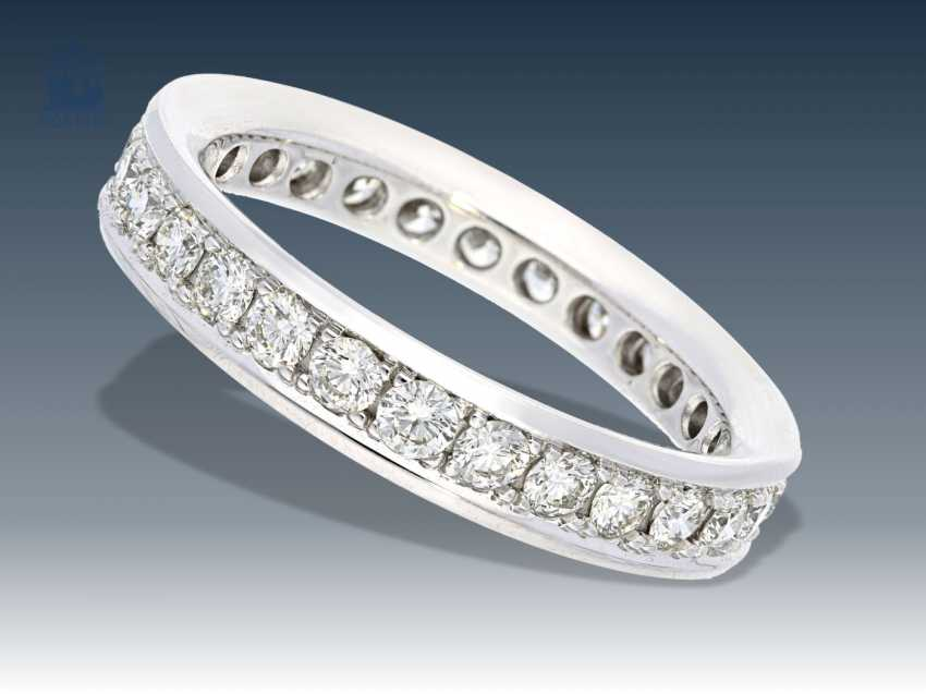 Ring: white gold, very high quality brilliant-Memoire-wrought gold ring, approx 1,12 ct, Nobel jewelry Brahmfeld & Gutruf, Hamburg - photo 1