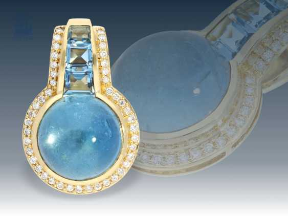 Trailer: a very decorative and formerly expensive aquamarine/diamond pendant - photo 1