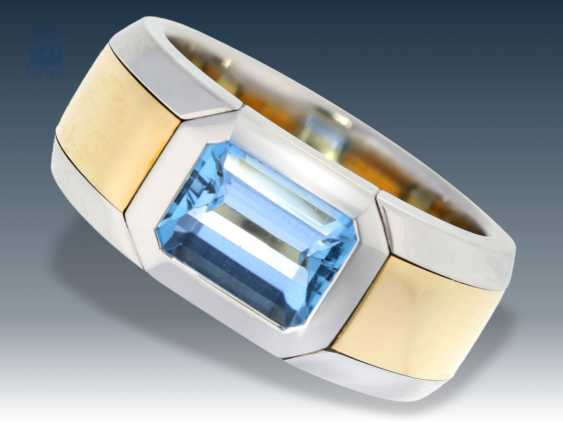 Ring: massive, formerly very expensive platinum-wrought gold ring with a beautiful aquamarine, 1.5 ct - photo 1
