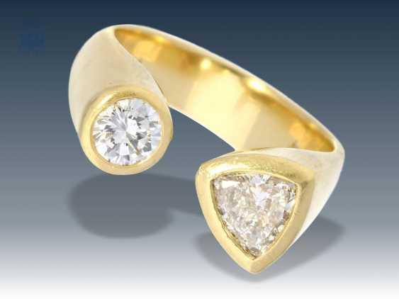 Bague moderne et intéressante faite Goldschmiedering avec des Diamants, en Or 18 carats, des pièces uniques Designerarbeit - photo 1