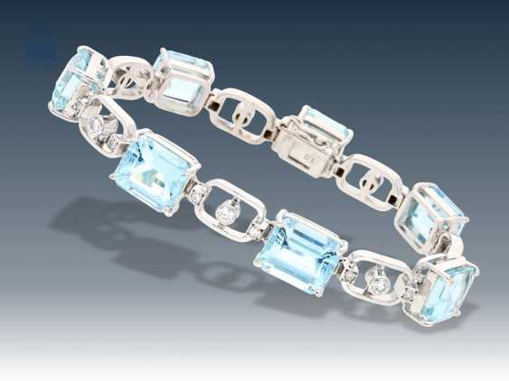 Bracelet: white gold, very high quality aquamarine and diamond bracelet with the finest aquamarine and brilliant trim, approx. 37ct - photo 1