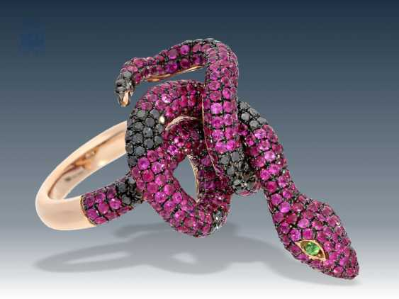 Ring: high-quality, in mint snake ring with precious stones - photo 1