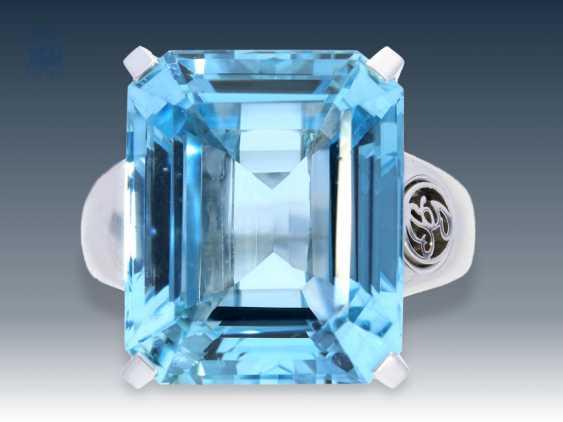 Ring: aquamarine/diamond ring top quality, Hamburger Nobel jeweler Brahmfeld & Gutruf, price according to the previous owner about 8.000€ - photo 1