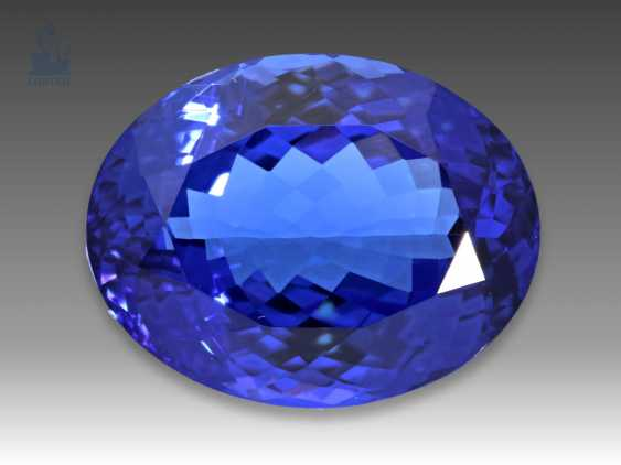 Tanzanite is of excellent quality and extremely rare size, 20,5 ct - photo 1