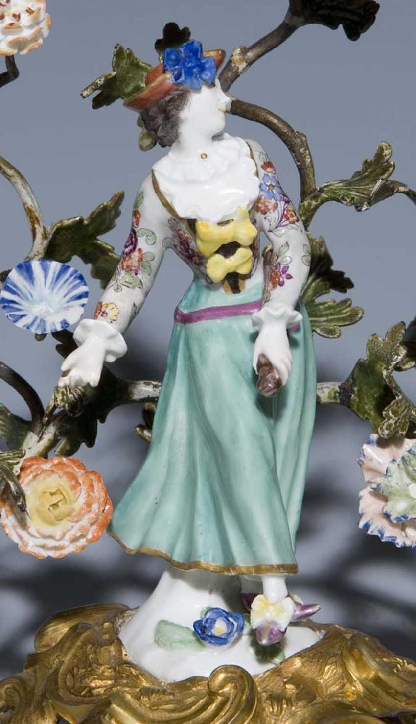 Pendant Kerzenleuchter. MEISSEN Mitte 18. Jahrhundert, - photo 2