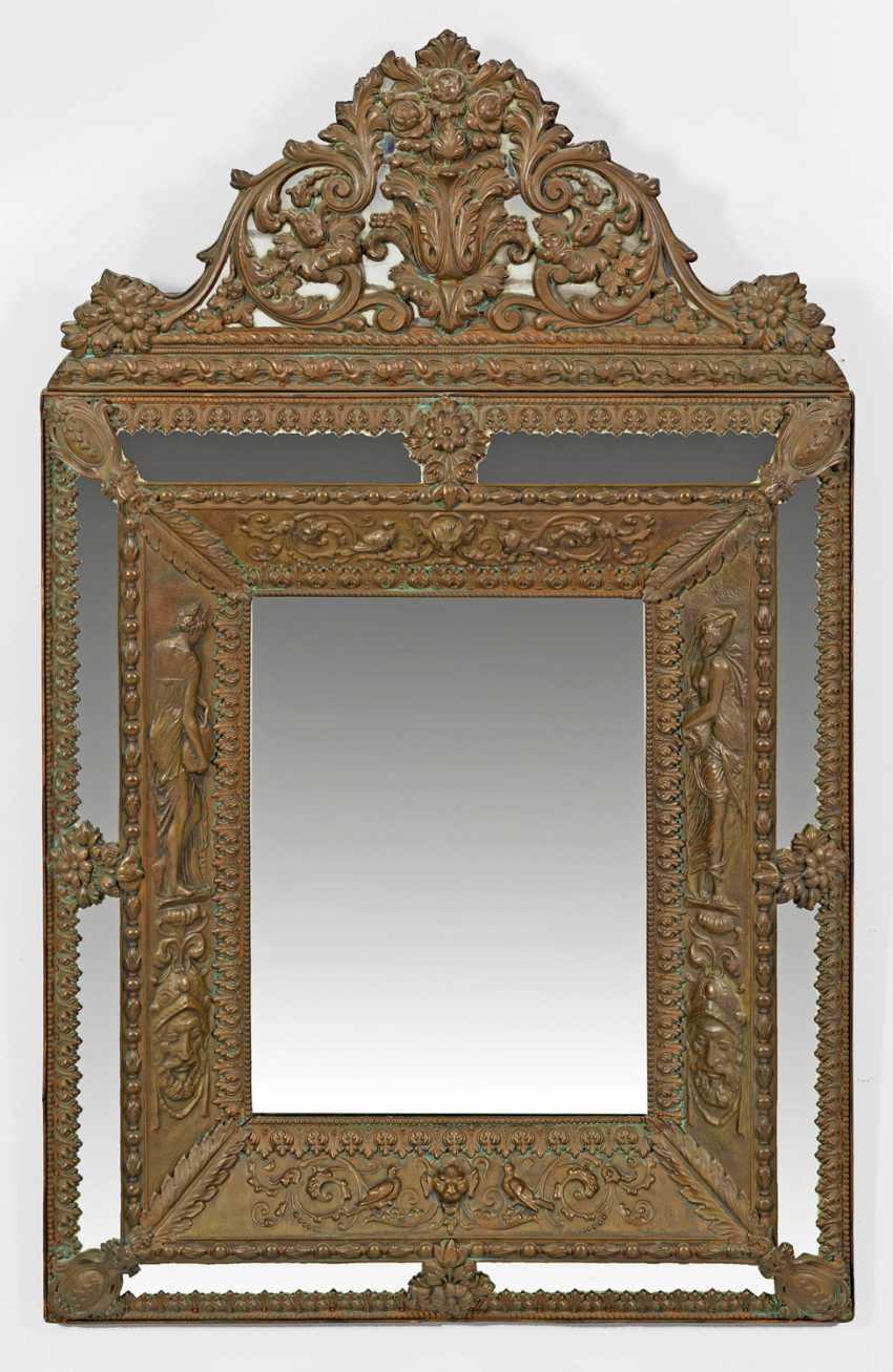 grand miroir mural lot 1485. Black Bedroom Furniture Sets. Home Design Ideas