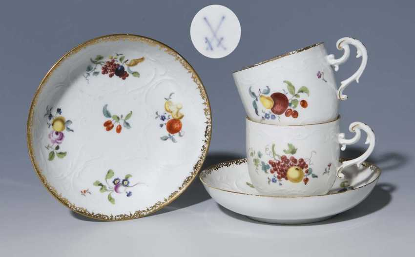 Pair Of Baroque Cups, Saucers. MEISSEN, around 1760, - photo 1