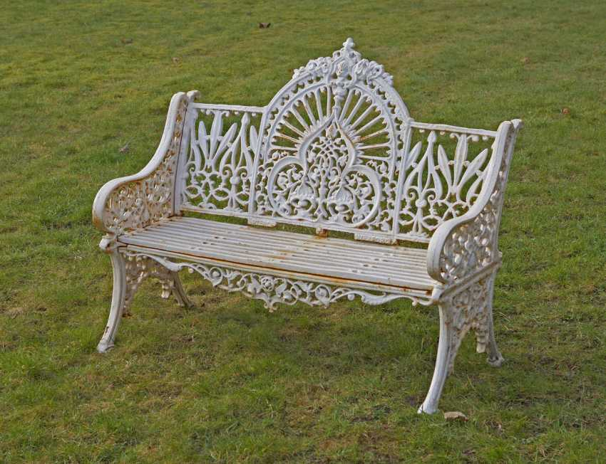 Groovy Lot 2416 Victorian Garden Bench From The Auction Catalog Machost Co Dining Chair Design Ideas Machostcouk