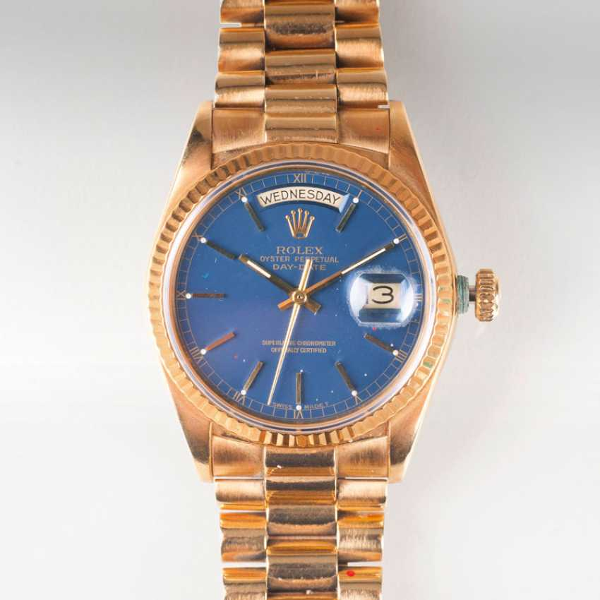 A Vintage gentlemen's wristwatch 'Oyster Perpetual Day-Date' by Rolex