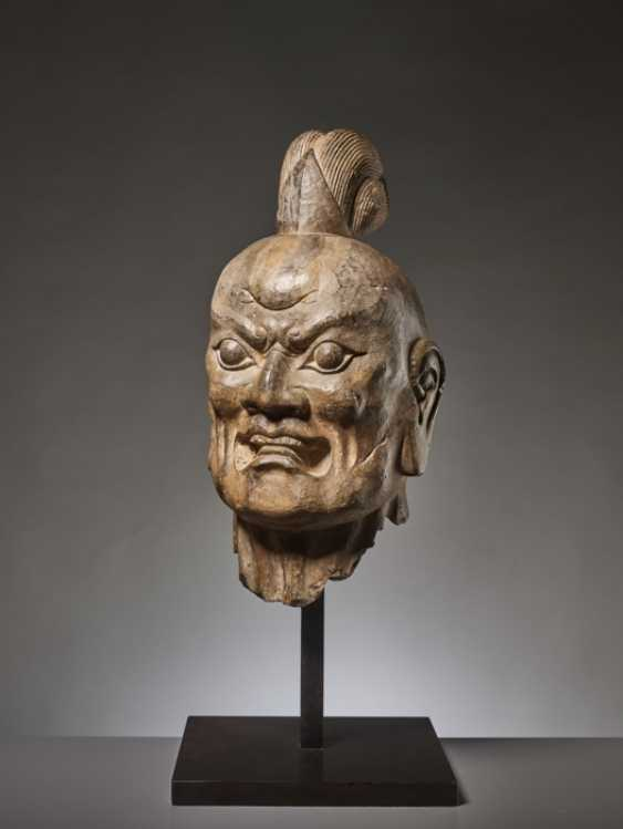 OVER-LIFESIZE LIMESTONE HEAD OF A TIANWANG GUARDIAN GOD, CHINA, TANG DYNASTY - photo 3