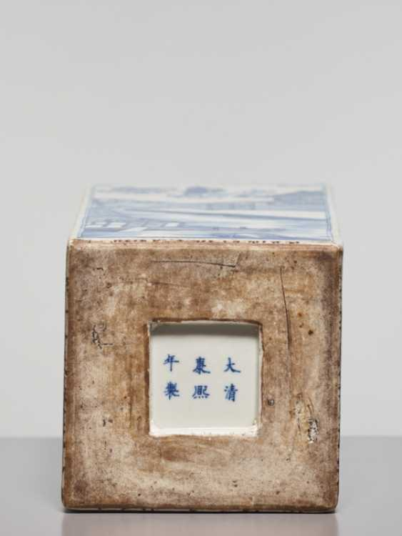 A BLUE AND WHITE SQUARE VASE WITH GENRE SCENES, KANGXI - photo 6