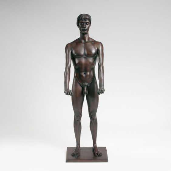 Bronze Sculpture 'Standing Youth'. Arno Breker - photo 1