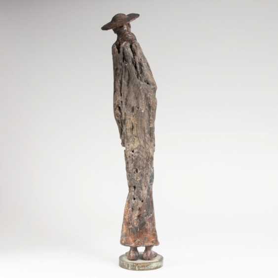 Sculpture 'Pilgrims'. Peter Eugene Ball - photo 2