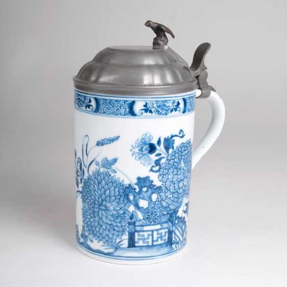 Earlier pitcher rolls with East Asian blue painting. - photo 1