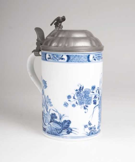 Earlier pitcher rolls with East Asian blue painting. - photo 2