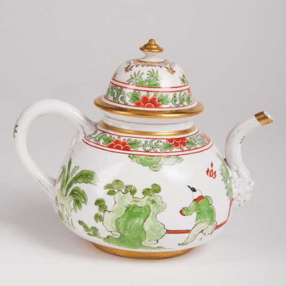 Very rare early Meissen, K. P. M - teapot with Chinese scenes. - photo 2