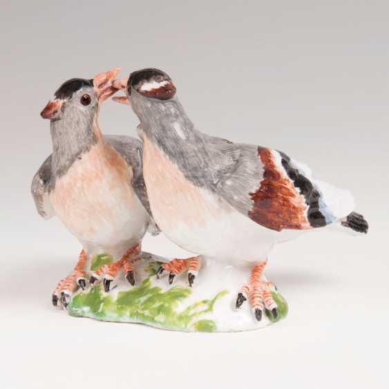 Porcelain Group 'Billing Doves'. Johann Joachim Kaendler - photo 1