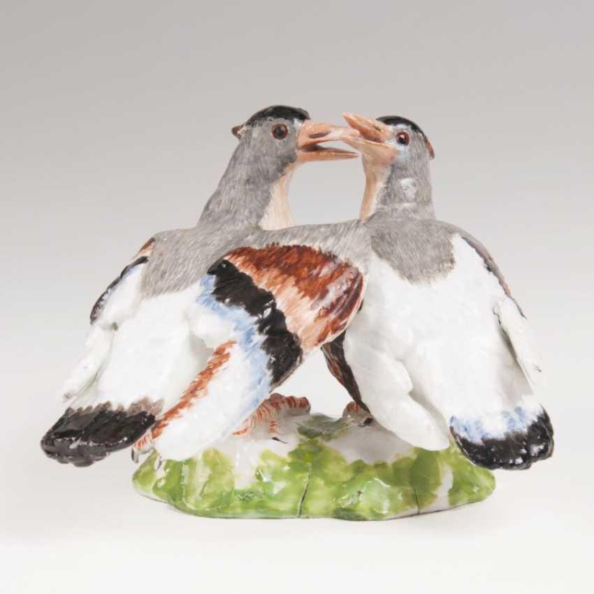 Porcelain Group 'Billing Doves'. Johann Joachim Kaendler - photo 2