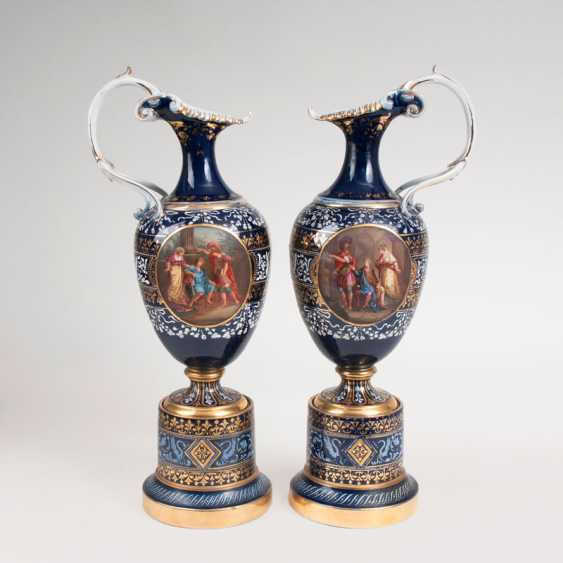Large pair of magnificent jugs in the Viennese manner. - photo 1